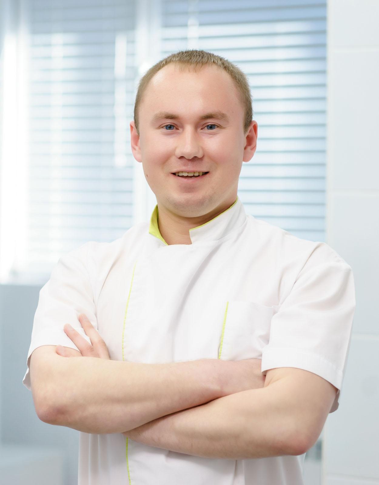 Чумаков Сергей Александрович : Врач-стоматолог-терапевт,врач-стоматолог-ортопед - стаж более 7 лет